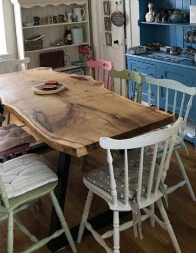 live edge sculpting dining table